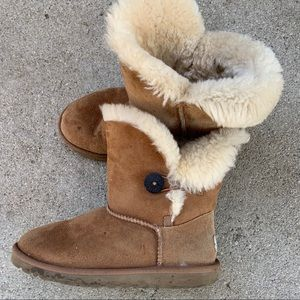 Ugg Bailey Button Boots Size 4